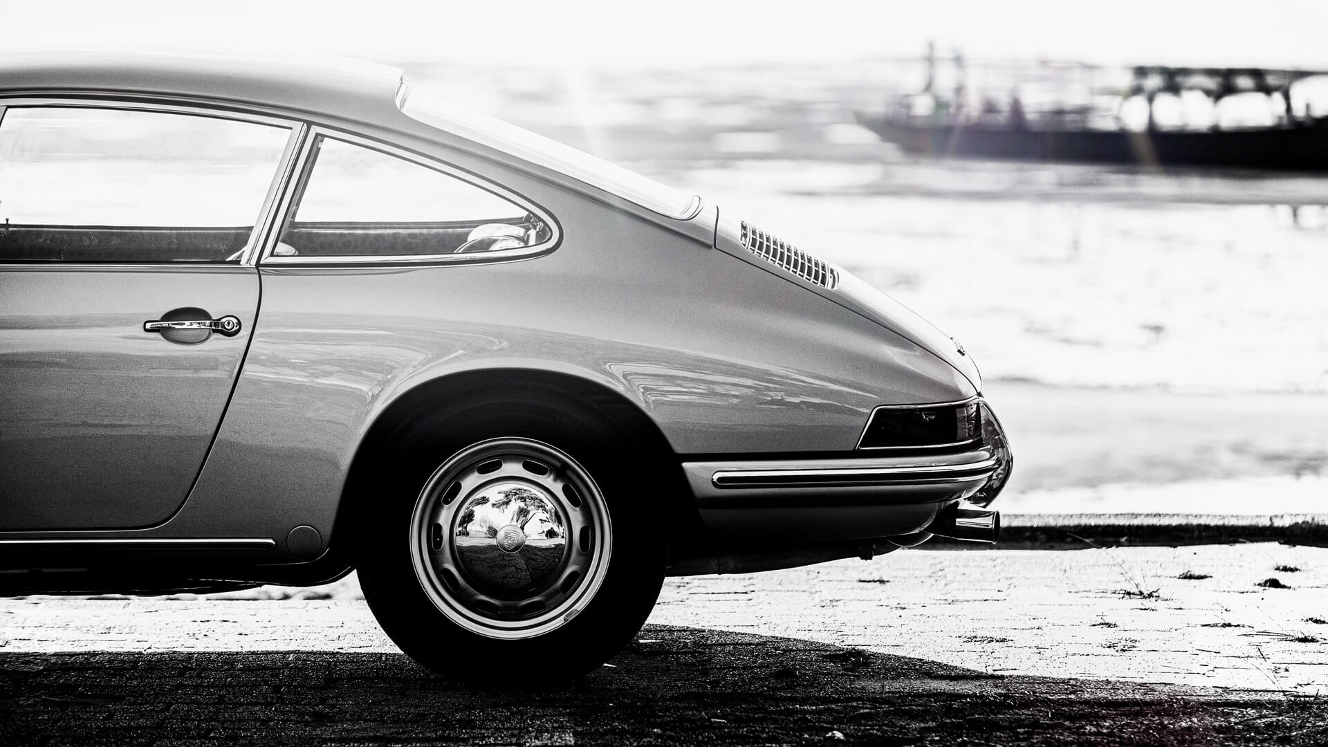 Automotive Photographer - LOIC KERNEN